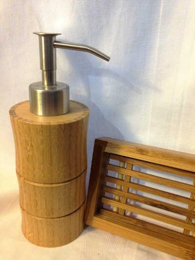 Porte-savon et distributeur de savon en bambou